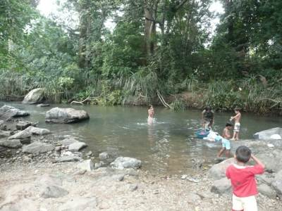 Villagers were bathing in the Menik River, at Yudhaganawa