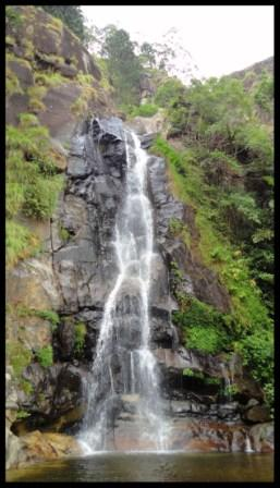 The small waterfall on top of Bambarakanda falls…