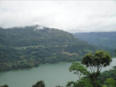 Kotmale valley and the reservoir