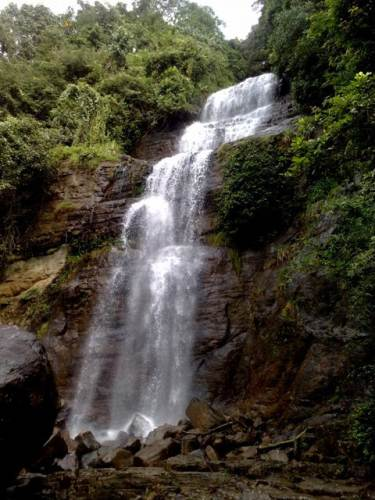 Side view of Dehena falls