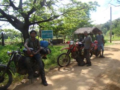 DTD Off-road Team. (Dinesh-Theshantha-Danushka)