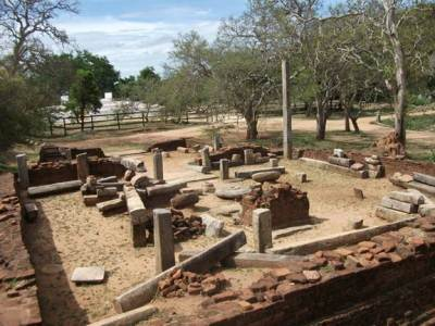 Archeological site with some ruins