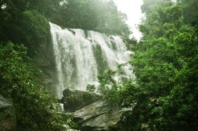Punahela/Suramba Falls at the base