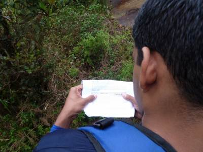 Lost…deciding which way to go with the help of Lakdasun guide..