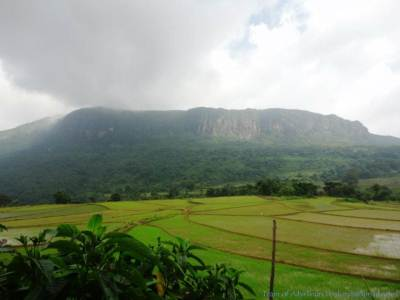 Maanigala – The view from Rathninda, Pitawala