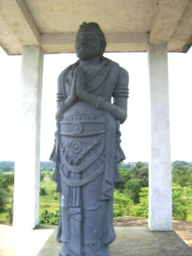 King Batiya tissa statue.   The king who built the vihara