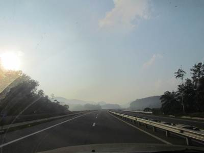 It was impossible to capture the true beauty at 100KMPH