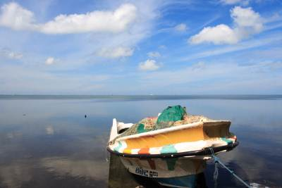 Boat anchored in Puttlam Lagoon