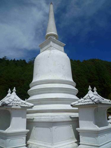 Highest Buddhist temple in SL- shanthipura