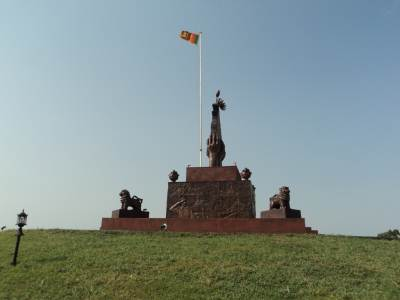 Elephant Pass War-Hero Monument