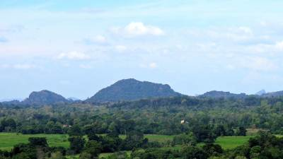 the small mountain is the Mailla rock