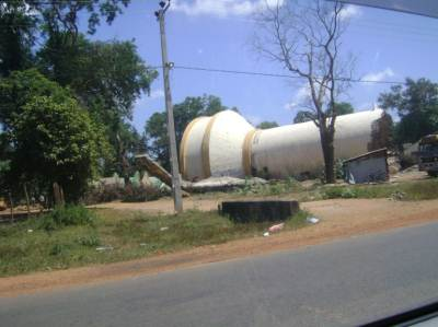 The New water tank built after the first tank was blasted was again blasted before the LTTE left the Kilinochchi town when the victorious Sri Lankan Army entered the town
