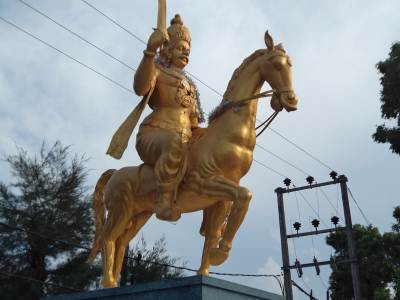 KING SANGILI – GOLD PAINT HAS AFFECTED THE OLD BEAUTY