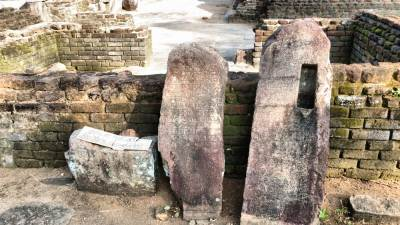 Stone inscriptions written in Tamil