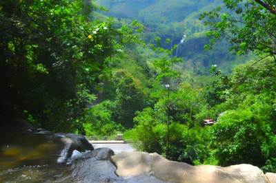 View of Puna Falls and Ramboda pass from top of Thevathura lover cascade