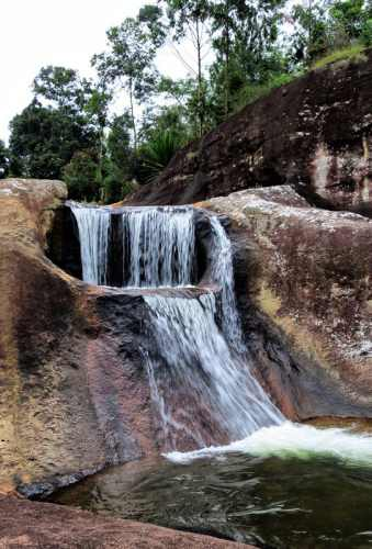 mini cascade at walawal thuna