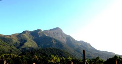 Gonmollikanda Mountain over Belihuloya University