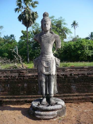 Maithri bodisatwa statue located in  the maluwa