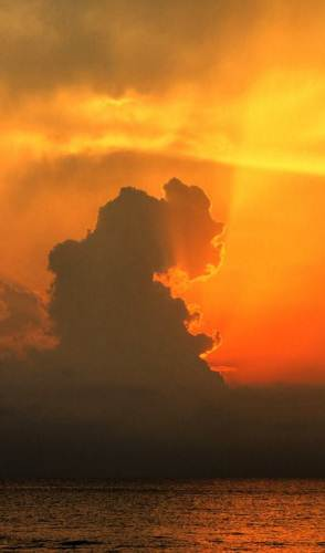 The evil cloud who gulped up the sun
