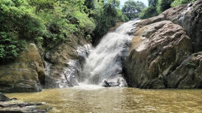 Maha Manella (මහා මානැල්ල) waterfall. 20m height. Villagers believe the God Manella stays here and named this waterfall by his name