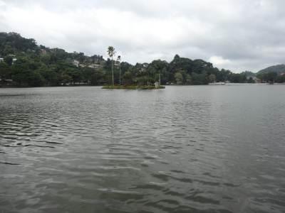 Kandy lake standing tall, and cleaner