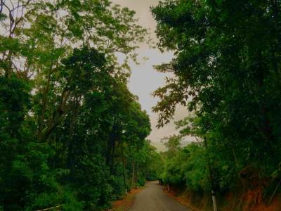 Scenic road towards Gatabaru Kanda