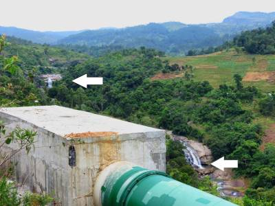 Heeran Ella cascades... Upper arrow shows Uda Heeran Ella Lower arrow shows Pahala Heeran Ella