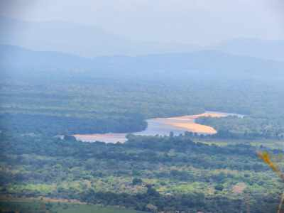 Longest river of Sri Lanka-Mahaweli River at Manampitiya area.