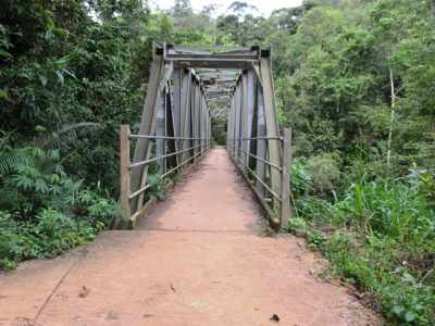 Araluwa bridge, Only a bike or a 3 wheel can go through