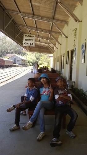 The young hikers at Ohiya Station