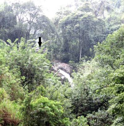 Atupola falls 2. Height is about 12m. Black arrow shows the bridge.