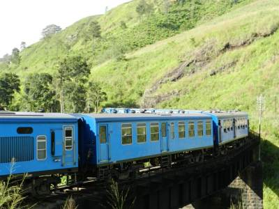Train leaving the tunnel and captured on top of Kalu Palama (Pic by: Athula)
