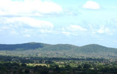 Zoomed Waddakanda mountain range