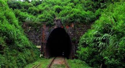 longest railway tunnel in sri lanka (singimale)