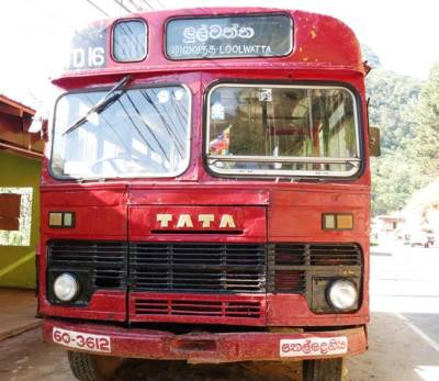 Loolwaththa bus is ready for the journey at Hunnasgiriya.