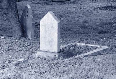 Tomb stone of Mr. H.E. Engelbrecht