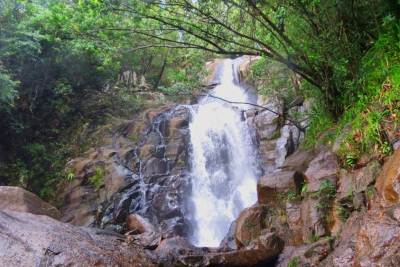 First part of Neluwa/Kosmulla Duwili falls.