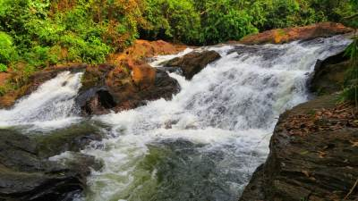 A waterfall made by Nachchimale Dola.