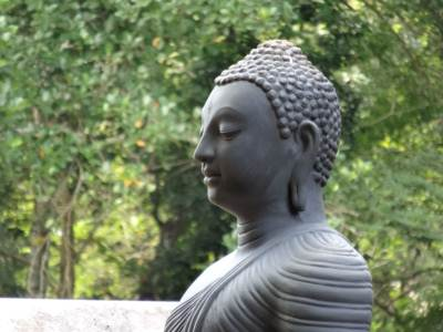 It was a Poya Day and this Buddha Statue made me feel very calm