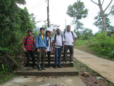 Our Nade After finishing the descending of 8.5km (at the trail head of SriPagama)                  PHOTO : SANKETHA
