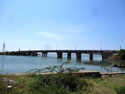 The last bridge joining the Mannar Island to the causeway