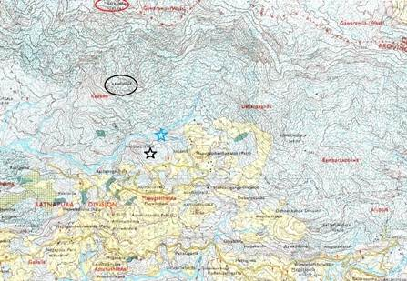 Part of trail. Black star shows trail head at Hapugasthanna. Blue star shows Baby Rath Ganga we crossed. Black circle shows Rama Kallu/ Bandigala-in map. Red circle shows Rath Kanda (රත් කන්ද). Foot pathway went along the edges of Bandigala and Rath Kanda.