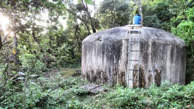 Another land mark is this water tank. Drinking water project of Pitawala village