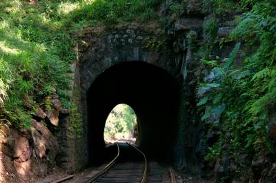 tunnel 7