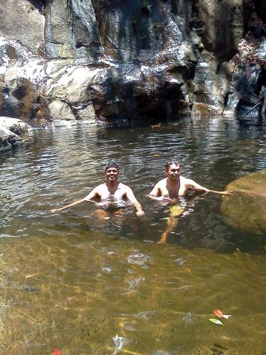 We had a dip in 2nd waterfall, base pool…..