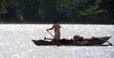 Fishing at Ridiyagama Lake