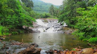 Delwala Waterfall
