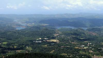 Sabaragamuwa uni and samanala lake
