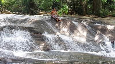 Sooriya Arana Waterfall
