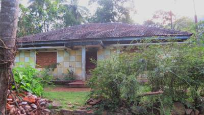 Only house available at Dandenikumbura
